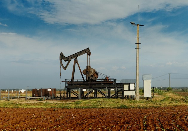 operating-oil-and-gas-well