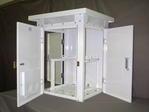 Standard Three-Door Polyester Powder Coated Steel Enclosure with Slide-Out Frame Assembly